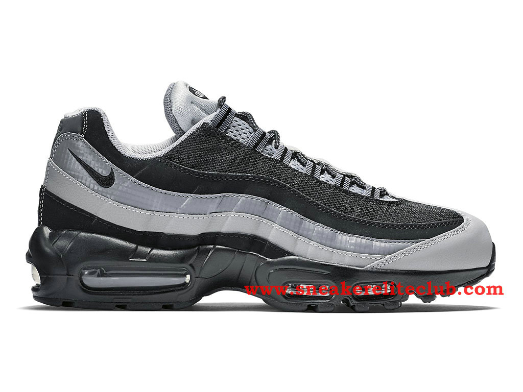 chaussure de basketball homme nike air max 95 essential noir gris argent 749766 005 1512301562. Black Bedroom Furniture Sets. Home Design Ideas
