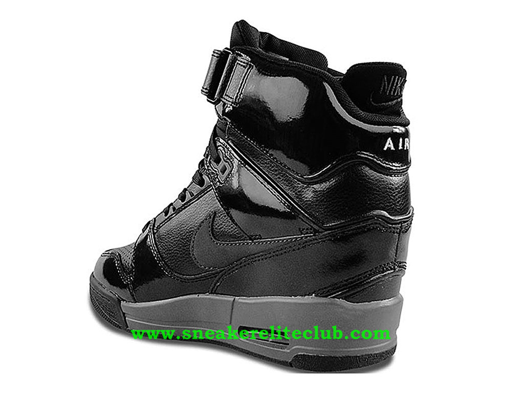 chaussure montante nike air revolution sky hi pas cher. Black Bedroom Furniture Sets. Home Design Ideas
