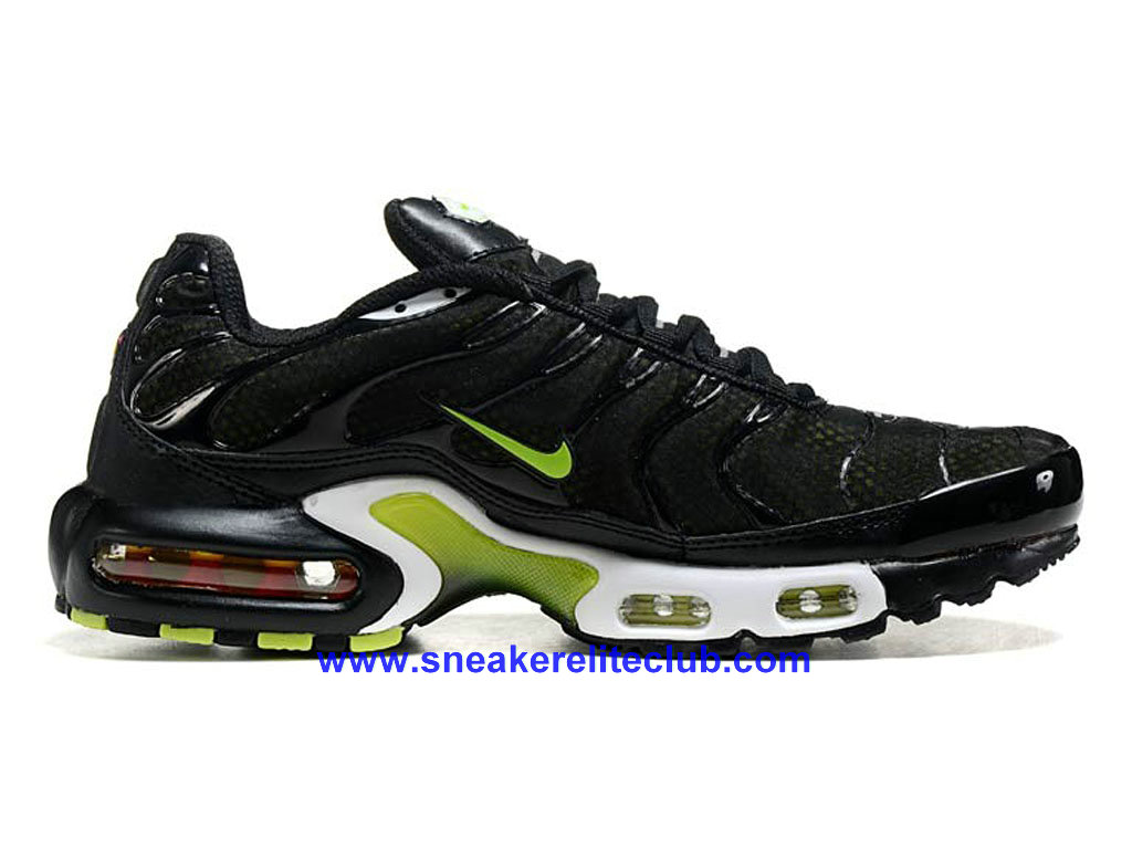nike air max plus nike tn 2016 homme basketball pas cher noir vert blanc 604133 a016 1604092204. Black Bedroom Furniture Sets. Home Design Ideas