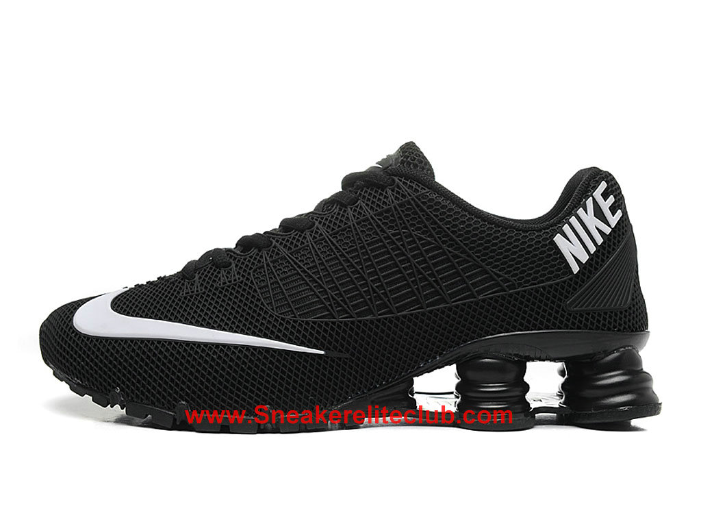 nike shox pas cher homme noir blanc 1603242105 chaussure. Black Bedroom Furniture Sets. Home Design Ideas